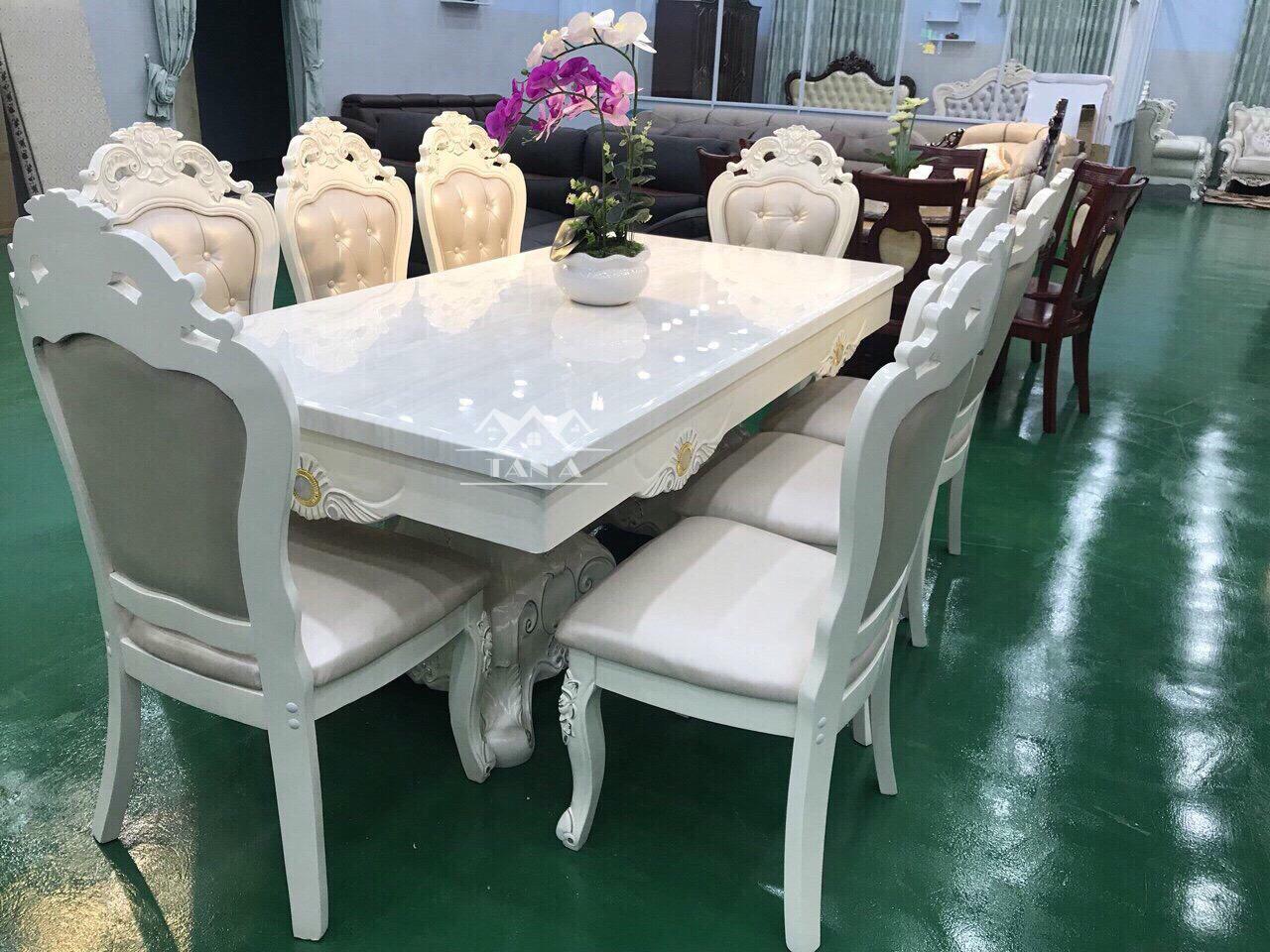 Bộ bàn ăn 8 ghế tân cổ điển giá rẻ